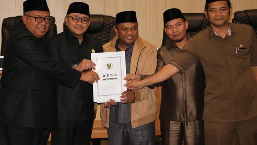 DPRD Tetapkan Raperda Perubahan APBD Kabupaten Sukabumi 2019