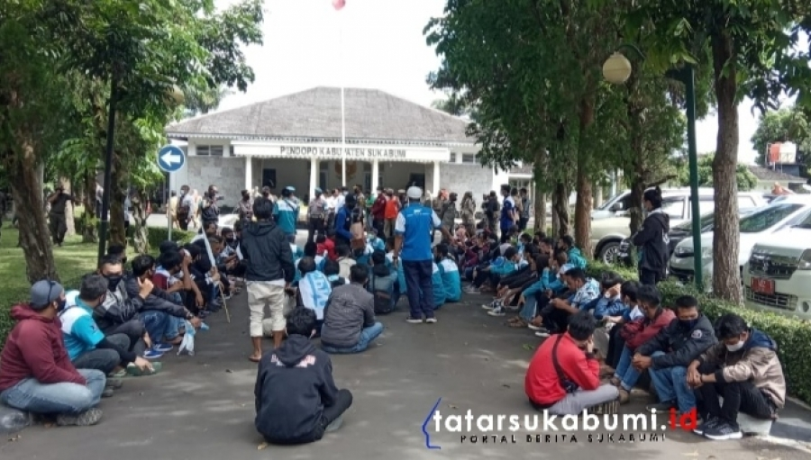 Aksi Unjuk Rasa Sehari Jelang Puasa Serikat Pekerja Nasional Kabupaten Sukabumi, Ini 3 Tuntutannya