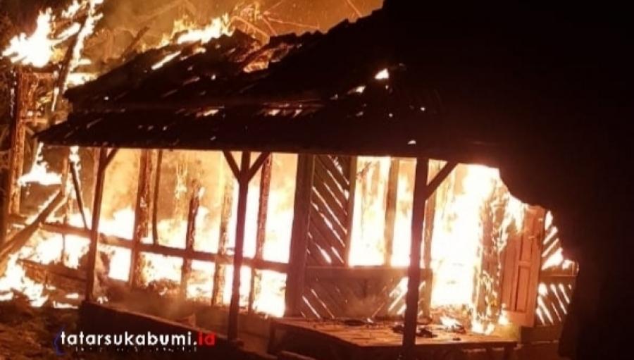 Jelang Malam Takbir Rumah di Surade Sukabumi Ludes Terbakar