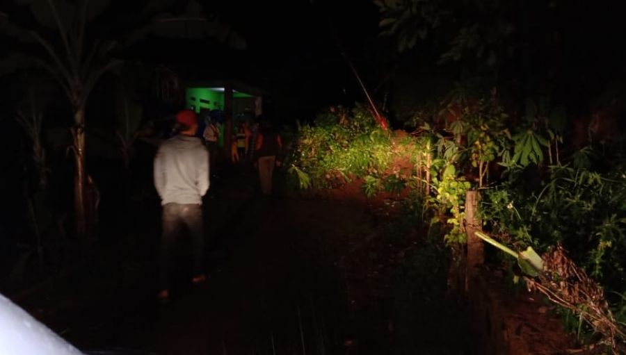 Penyebab Longsor di Kecamatan Parakansalak dan Cibadak Sukabumi
