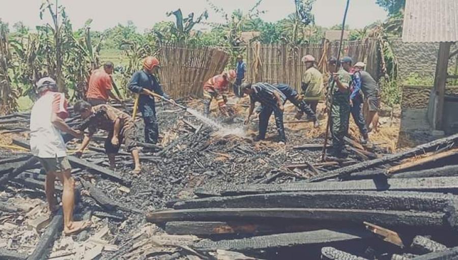 Gudang Pakan Sapi dan Rumah Ludes Terbakar di Surade
