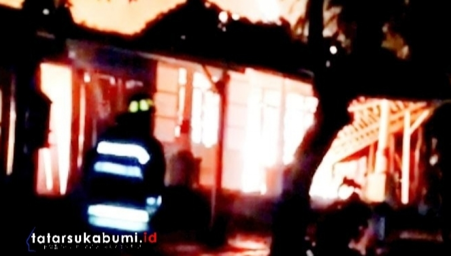 Rumah dan Depot Bensin Eceran di Surade Dilalap Api