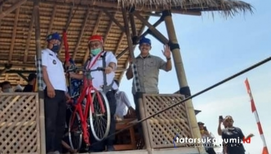 Marwan Hamami Resmikan Tribun dan Kawasan Wisata Bukit Cienong Cisolok