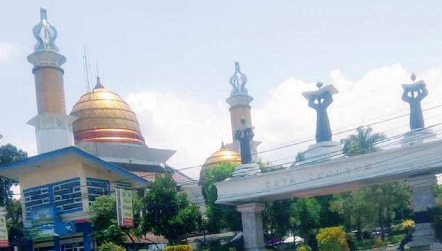 Masjid Agung Kota Sukabumi Tetap Dipakai Shalat Jumat Berjamaah