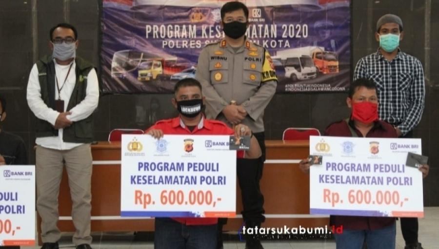 1040 Awak Moda Transportasi Umum Terima Bantuan 600 Ribu dari Polres Sukabumi Kota