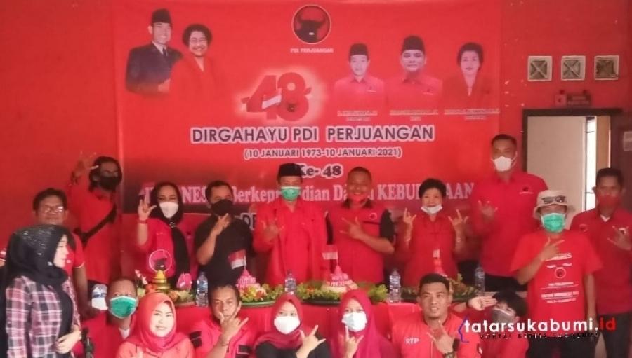 48 Nasi Tumpeng Bagi Masyarakat HUT PDI Perjuangan Kabupaten Sukabumi