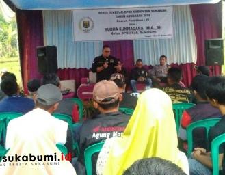 Ketua DPRD Sukabumi Reses, Warga Minta Perbaikan Jalan