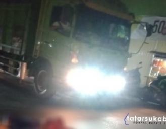 Kecelakaan Maut di Cibadak Honda Beat Tertabrak Truk Pengendara Siswa Pelajar Tewas di TKP