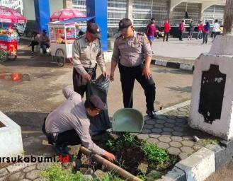Polres Sukabumi Kota Inisiasi Aksi Bersih-bersih Fasilitas Umum