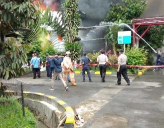 Kebakaran! Wartawan Dihalau Security PT Kino Indonesia, Polisi Beberkan Penyebab Kebakaran