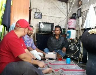 Bikin Nangis! Yatim Piatu Penjual Gorengan di Cibadak Bertahan Hidup