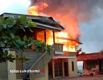 Penginapan di Geopark Ciletuh Sukabumi Terbakar