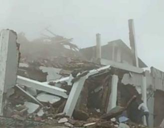 Gempa Terkini Sukabumi Rumah Dua Lantai Ambruk 3 Penghuni Terluka