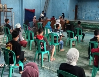 BUMDes Bojong Raharja Inisiasi Layanan Adminduk Bagi Masyarakat