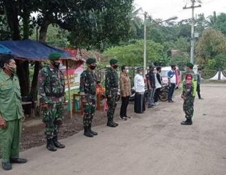 Yon Armed 13 Naggala Kostrad Turunkan Pasukan Penegakan PPKM Mikro di Wilayah Sukabumi