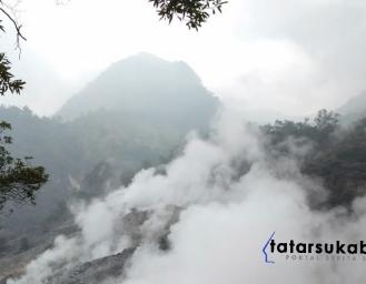 Wisata Kawah Ratu Gunung Salak