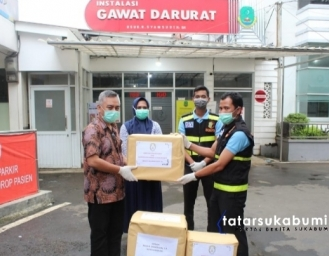 Polres Sukabumi Kota Beri Bantuan APD Covid-19 Rumah Sakit Bunut Sukabumi