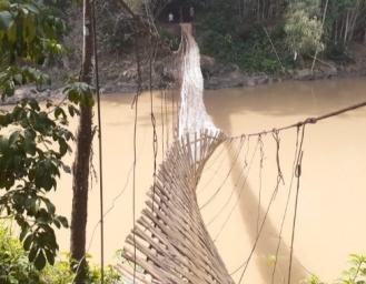 Jembatan Gantung Penghubung Warungkiara - Cikembar Putus, Korban Luka Dirawat di RSUD Sekarwangi
