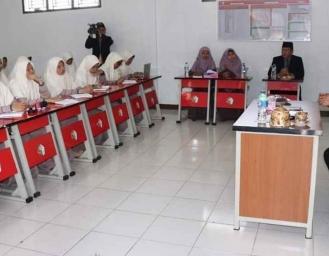 Pembekalan PPL Mahasiswi Univ Darussalam Gontor, Marwan : Jangan Pesimis Dan Baper Jadilah Manusia Bermanfaat