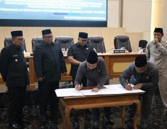 Pendapat Bupati Sukabumi Terkait Raperda Tentang Dana Cadangan dan APBD 2020