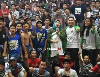 Pendukung Persib, Bomber Sukabumi Barat Dukung Reni Jadi Bupati