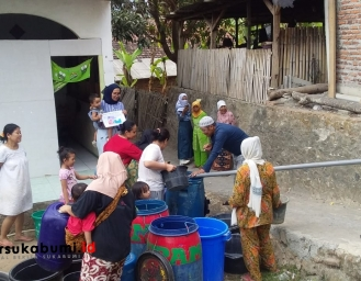 Tak Lagi Minum Air Sungai, Pemerintah dan SKP Pasok Air Warga Cidadap Sukabumi