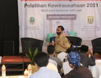 Anak Perusahaan PT SCG Berikan Pembinaan Pendampingan dan Permodalan Pelaku UMKM Sukabumi